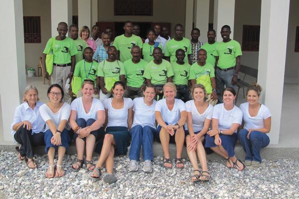 Feature_Haiti_GroupPhoto