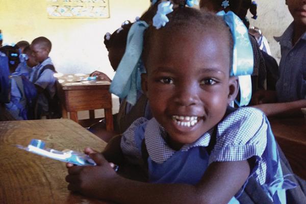 Feature_Haiti_NowToothbrush02