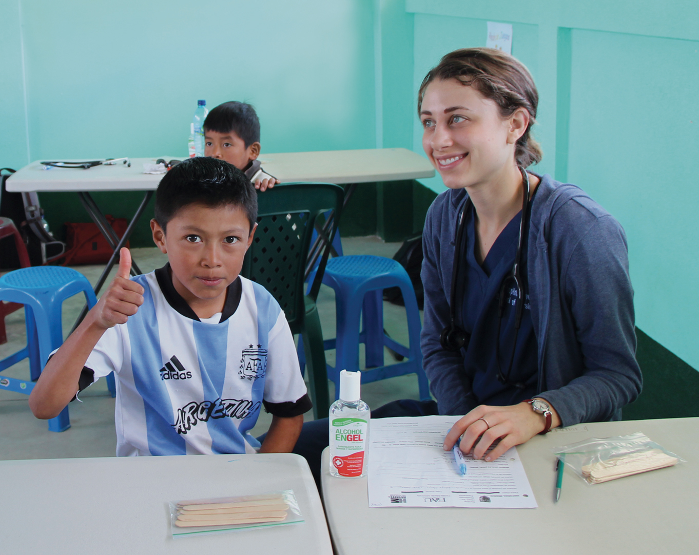 Kathryn Kleinjan gets good grades at a Guatemalan clinic.
